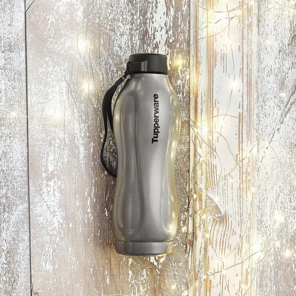 Tupperware insulated eco bottle with strap